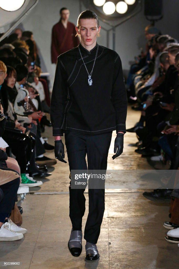 Xander Zhou - Runway - LFWM January 2018 : ニュース写真