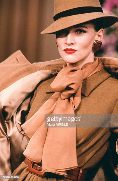 A model walks the runway at the Yves Saint Laurent Haute Couture Fall/Winter 19921993 fashion show during the Paris Fashion Week in July 1992 in...