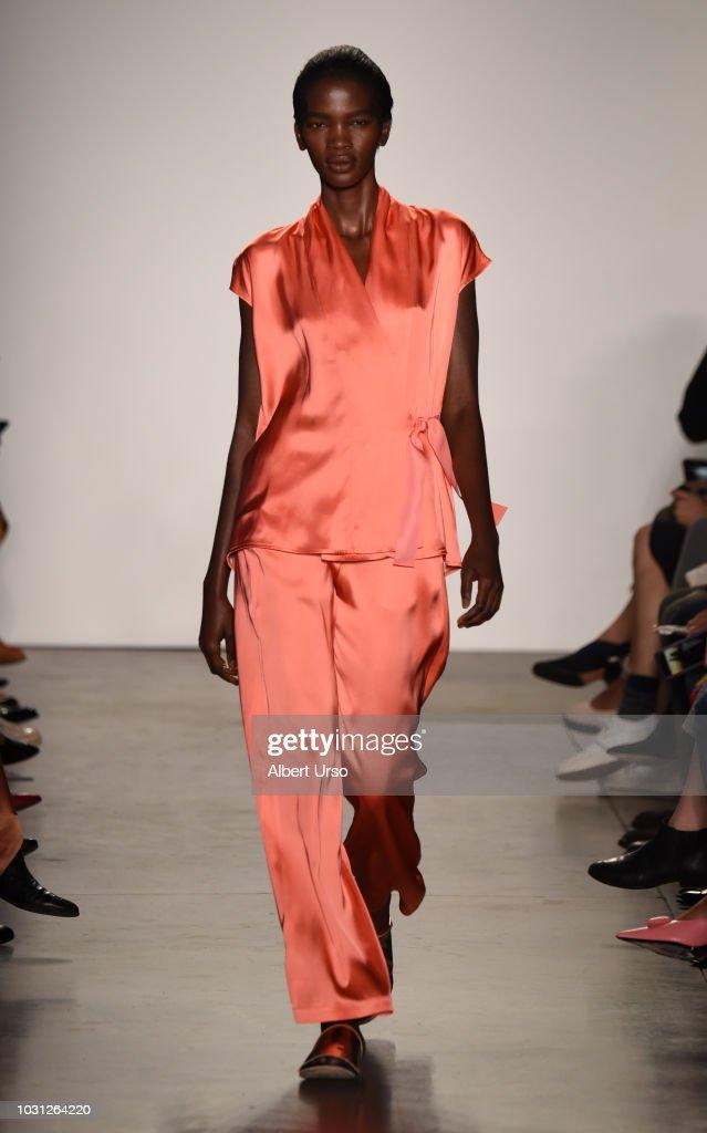 Zero + Maria Cornejo - Runway - September 2018 - New York Fashion Week : News Photo