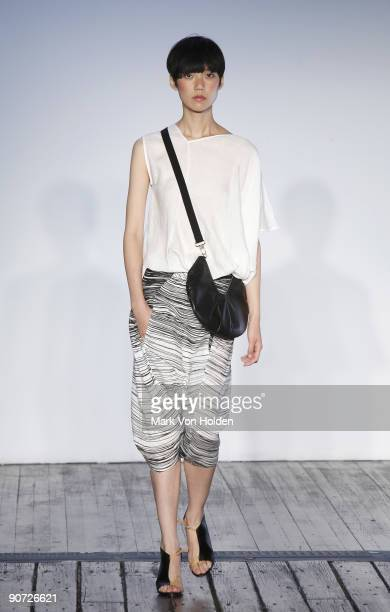 A model walks the runway at the Zero Maria Cornejo Spring 2010 during MercedesBenz Fashion Week at the Hosfelt Gallery on September 14 2009 in New...