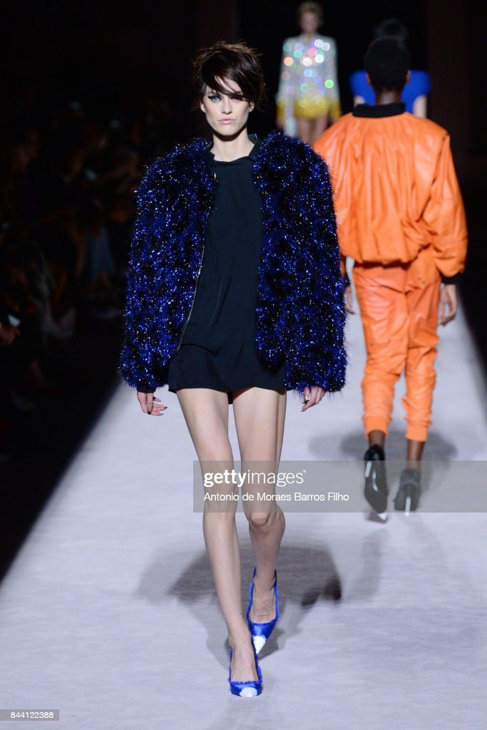 Tom Ford - Runway - September 2017 - New York Fashion Week : News Photo