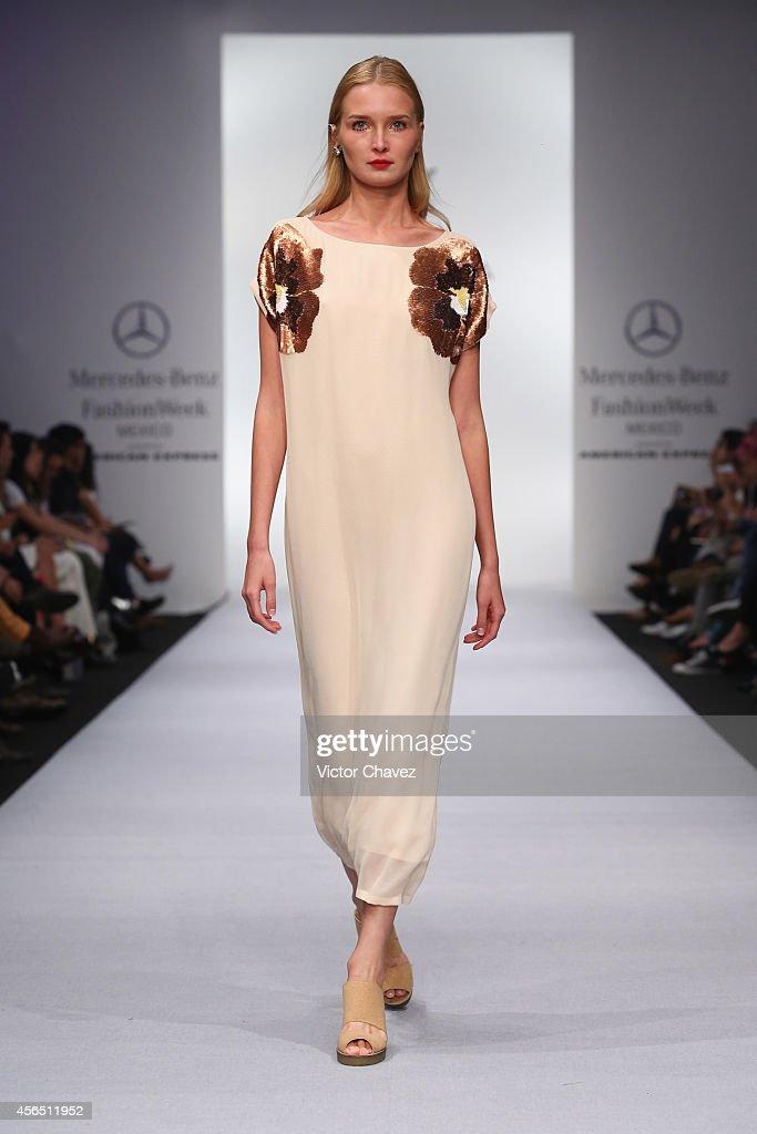 Alejandra Quesada - Mercedes-Benz Fashion Week Mexico Spring/Summer 2015 : Fotografía de noticias