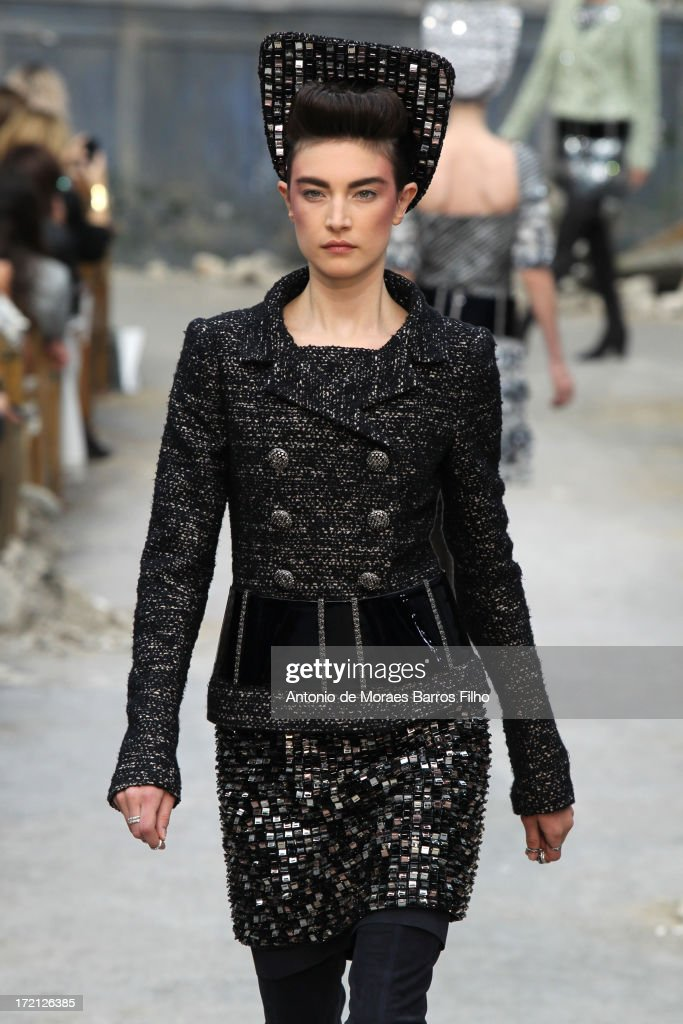 Chanel: Runway