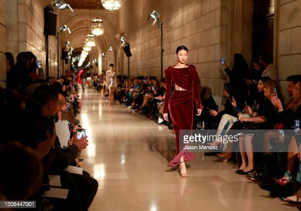 Model walks the runway during Oscar De La Renta - Front Row - February 2020 - New York Fashion Week on February 10, 2020 in New York City.