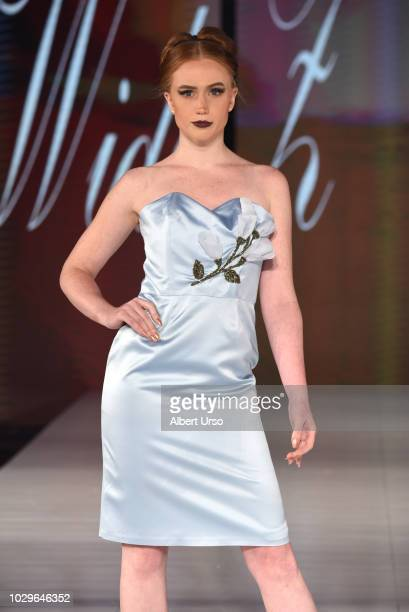 elegence z  Society Fashion Week Widiz Elegance Stock Photos and Pictures