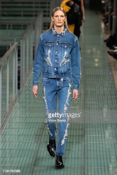 Model walks the runway during the 1017 Alyx 9SM Menswear Fall/Winter 2020-2021 show as part of Paris Fashion Week on January 19, 2020 in Paris,...