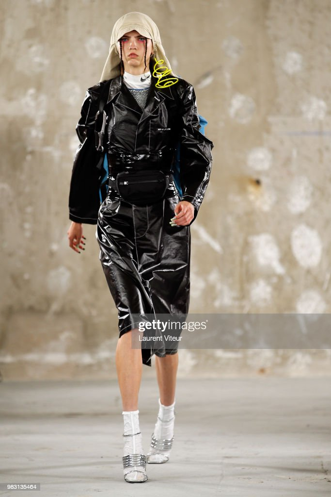 1017 ALYX 9SM : Runway - Paris Fashion Week - Menswear Spring/Summer 2019