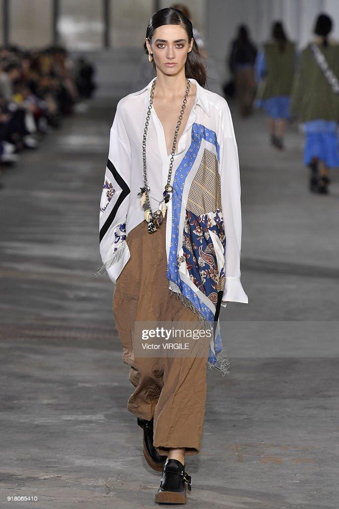 3.1 Phillip Lim - Runway - February 2018 - New York Fashion Week : ニュース写真