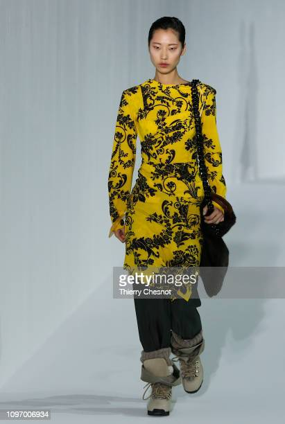A model walks the runway during the Acne Femme Fall/Winter 20192020 show as part of Paris Fashion Week on January 20 2019 in Paris France