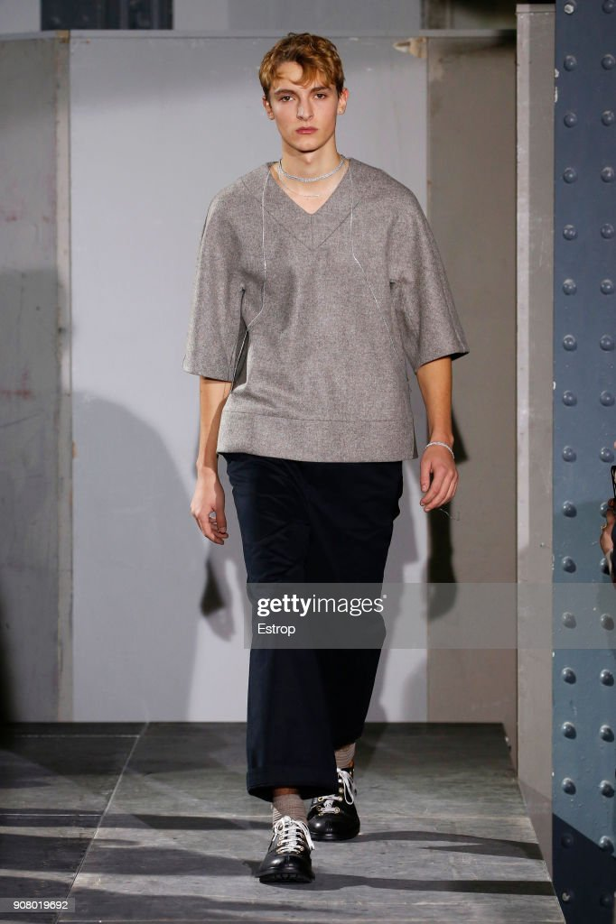 Acne Studios : Runway - Paris Fashion Week - Menswear F/W 2018-2019