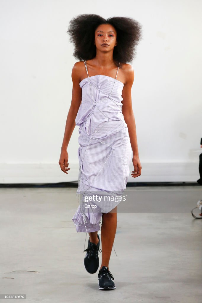 Afterhomework : Runway - Paris Fashion Week Womenswear Spring/Summer 2019