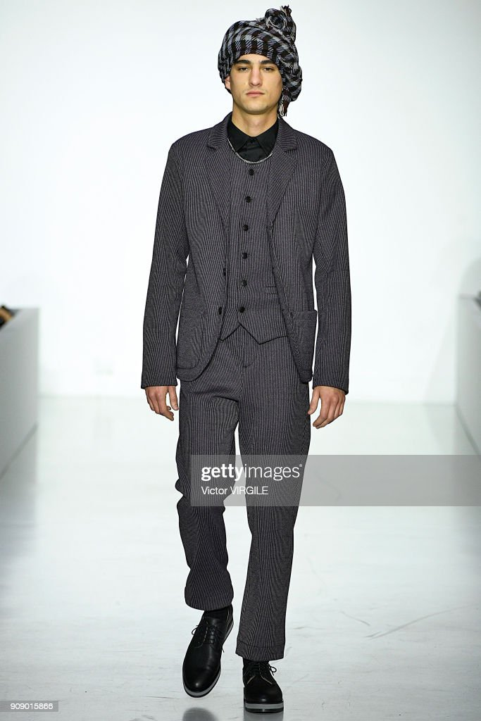 Agnes B : Runway - Paris Fashion Week - Menswear F/W 2018-2019 : News Photo
