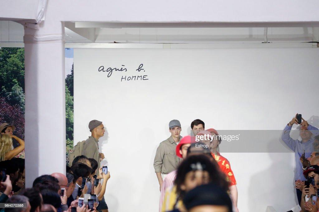 Agnes B.: Runway - Paris Fashion Week - Menswear Spring/Summer 2019 : Photo d'actualité