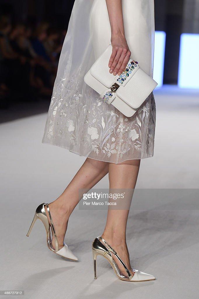 Aigner - Runway - Milan Fashion Week Womenswear Spring/Summer 2015 : News Photo