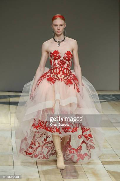 Model walks the runway during the Alexander McQueen as part of Paris Fashion Week Womenswear Fall/Winter 2020/2021 on March 02, 2020 in Paris, France.