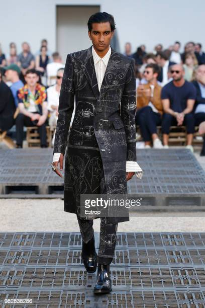 A model walks the runway during the Alexander McQueen Menswear Spring/Summer 2019 show as part of Paris Fashion Week on June 22 2018 in Paris France