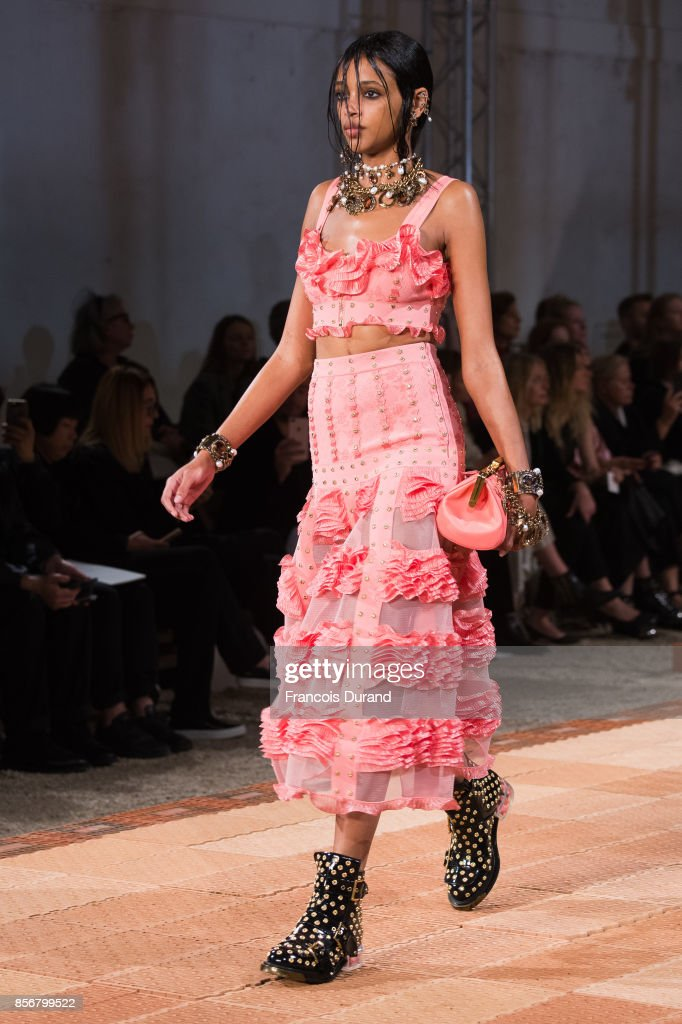 A model walks the runway during the Alexander McQueen Paris show as part of the Paris Fashion Week Womenswear Spring/Summer 2018 on October 2, 2017 in Paris, France.