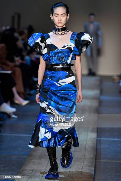 Model walks the runway during the Alexander McQueen Ready to Wear fashion show as part of the Paris Fashion Week Womenswear Fall/Winter 2019/2020 on...
