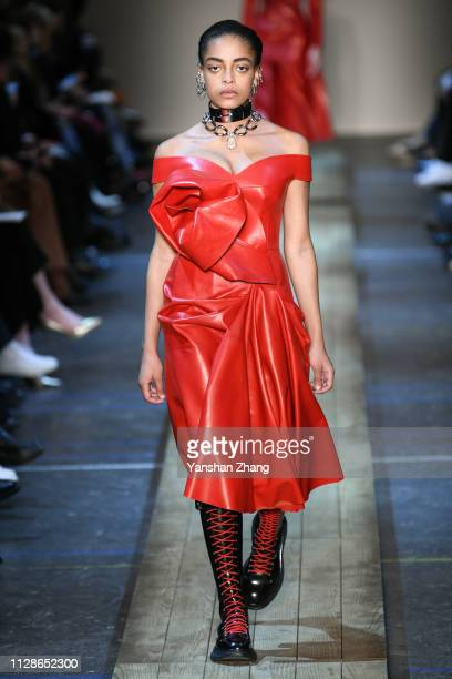 A model walks the runway during the Alexander McQueen show as part of the Paris Fashion Week Womenswear Fall/Winter 2019/2020 on March 4 2019 in...