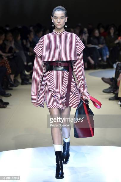 A model walks the runway during the Alexander McQueen show as part of Paris Fashion Week Womenswear Fall/Winter 2018/2019 on March 5 2018 in Paris...