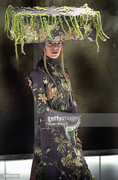 Model walks the runway during the Alexander McQueen's Spring Summer 2001 from the VOSS Collection on May 10, 2001 in Paris, France.