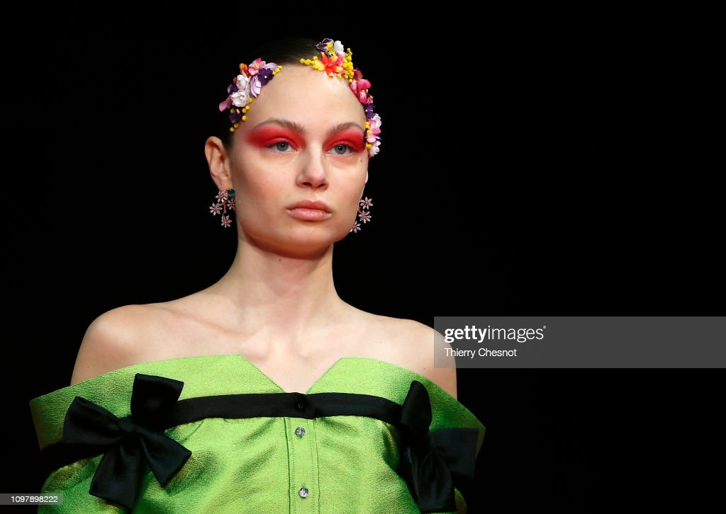 Alexis Mabille : Runway - Paris Fashion Week - Haute Couture Spring Summer 2019 : ニュース写真