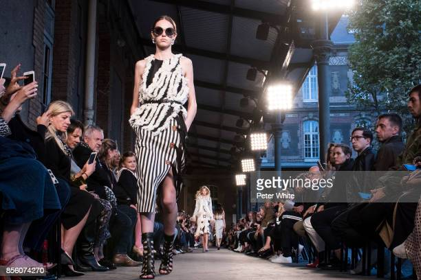 A model walks the runway during the Altuzarra show as part of the Paris Fashion Week Womenswear Spring/Summer 2018 on September 30 2017 in Paris...
