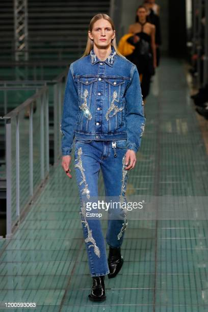 Model walks the runway during the Alyx Menswear Fall/Winter 2020-2021 show as part of Paris Fashion Week on January 19, 2020 in Paris, France.
