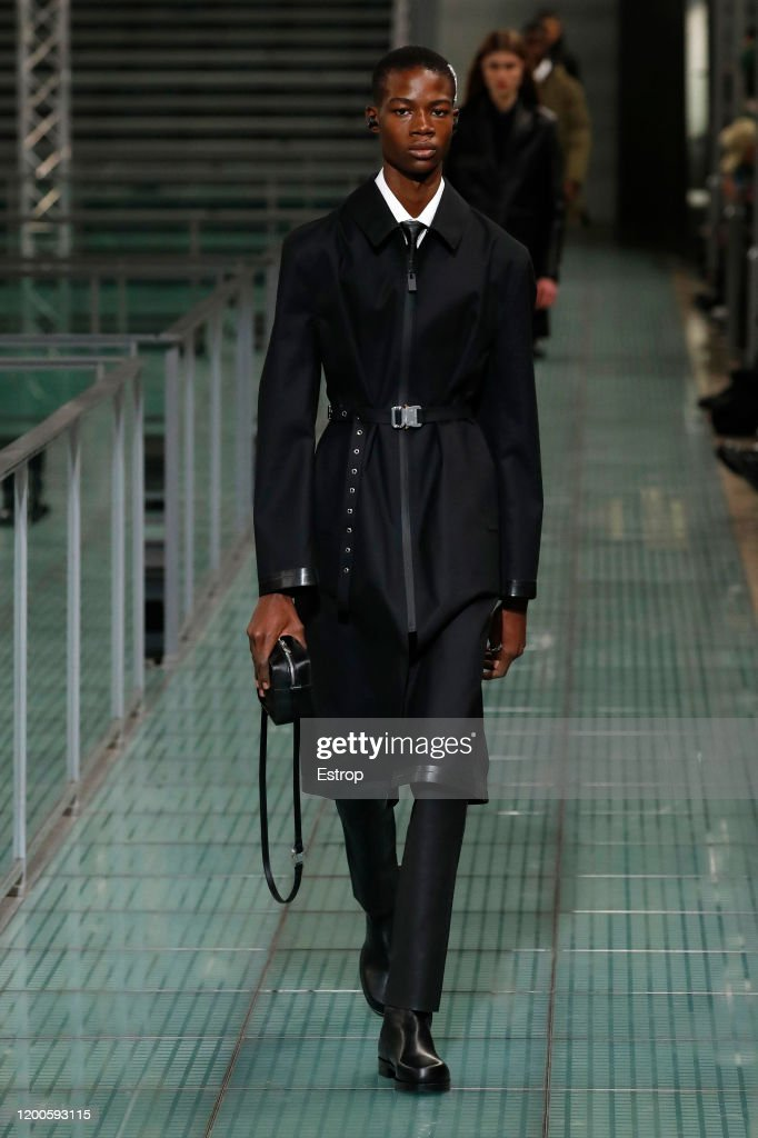 Alyx : Runway - Paris Fashion Week - Menswear F/W 2020-2021 : ニュース写真