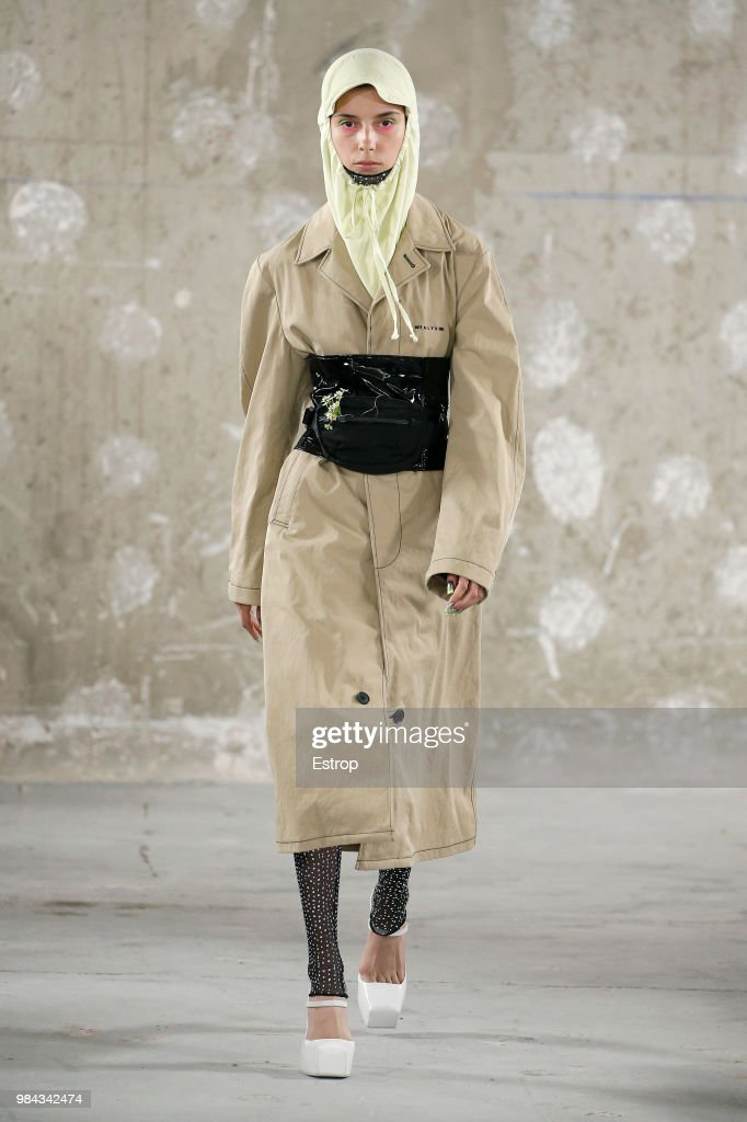 Alyx: Runway - Paris Fashion Week - Menswear Spring/Summer 2019