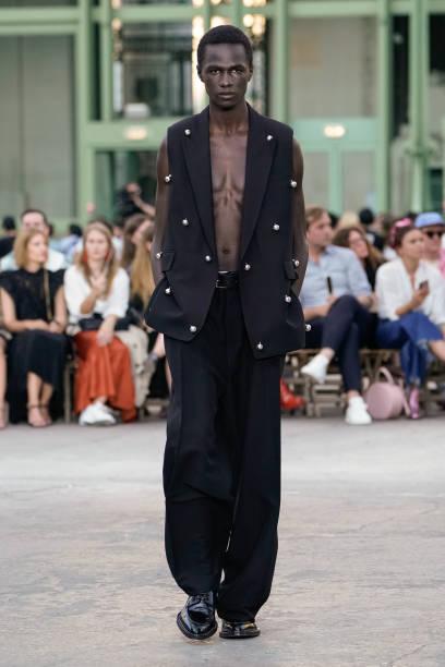 FRA: Ami Alexandre Mattiussi : Runway - Paris Fashion Week - Menswear Spring/Summer 2020