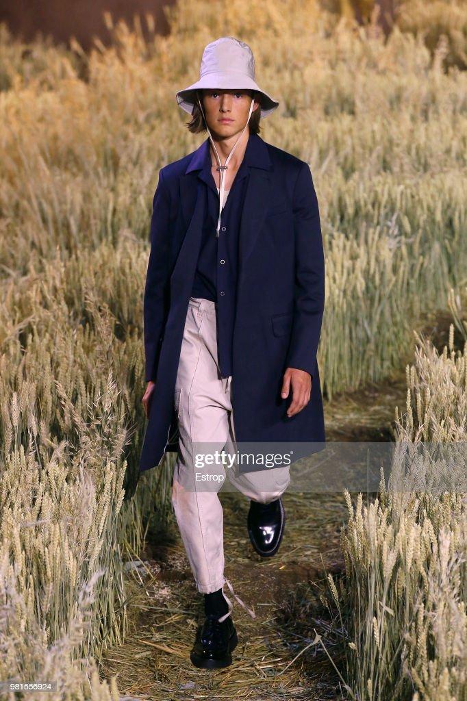 Ami Alexandre Mattiussi: Runway - Paris Fashion Week - Menswear Spring/Summer 2019 : ニュース写真