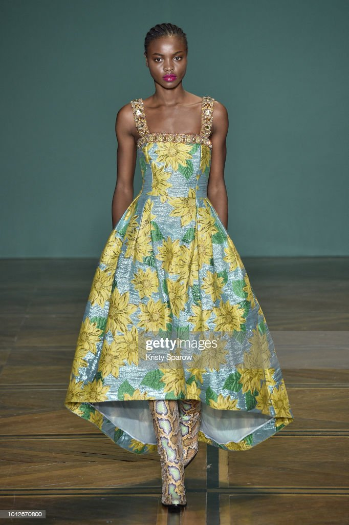 model-walks-the-runway-during-the-andrew-gn-show-as-part-of-paris-picture-id1042670800