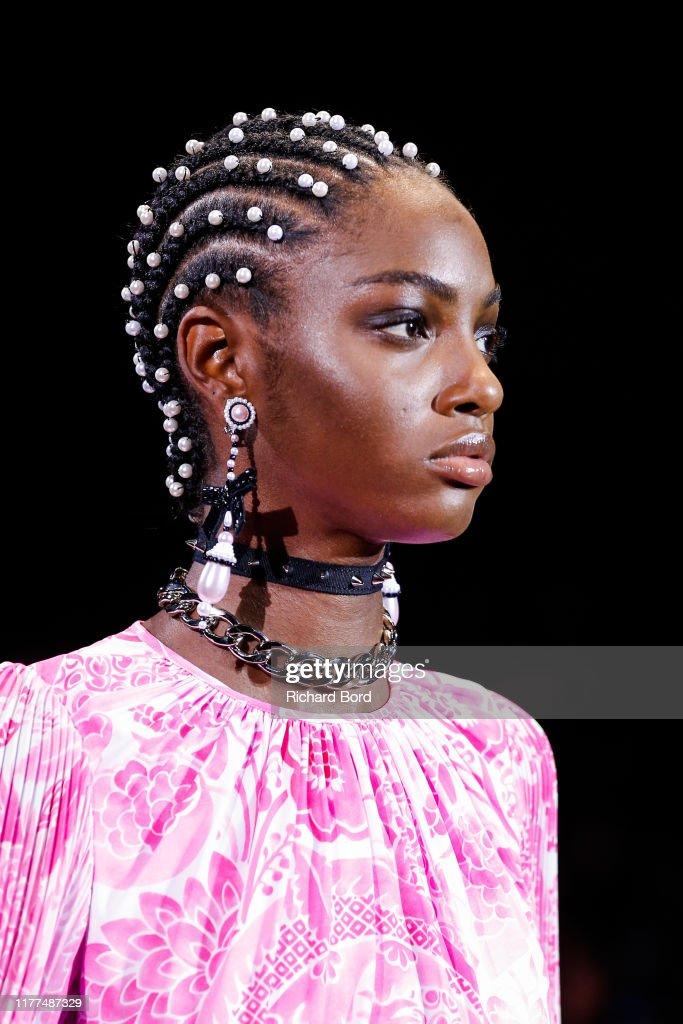 Andrew GN : Runway - Paris Fashion Week - Womenswear Spring Summer 2020 : News Photo