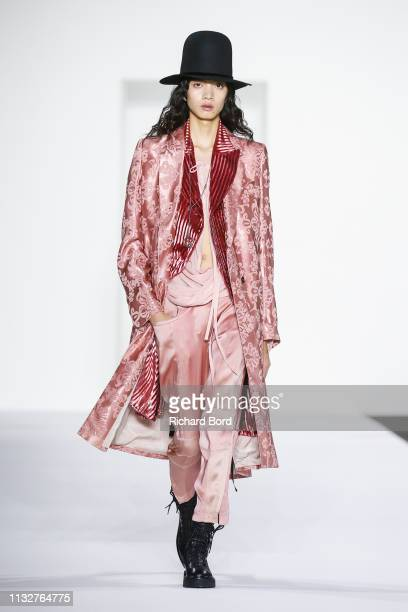 Model walks the runway during the Ann Demeulemeester show as part of the Paris Fashion Week Womenswear Fall/Winter 2019/2020 on February 28, 2019 in...