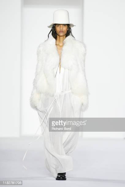 A model walks the runway during the Ann Demeulemeester show as part of the Paris Fashion Week Womenswear Fall/Winter 2019/2020 on February 28 2019 in...