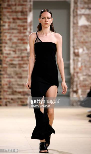 Model walks the runway during the Ann Demeulemeester Womenswear Spring/Summer 2020 show as part of Paris Fashion Week on September 26, 2019 in Paris,...