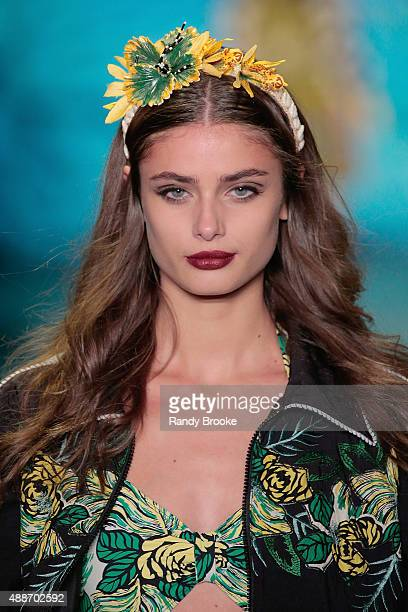 A model walks the runway during the Anna Sui Runway Spring 2016 New York Fashion Week The Shows at The Arc Skylight at Moynihan Station on September...