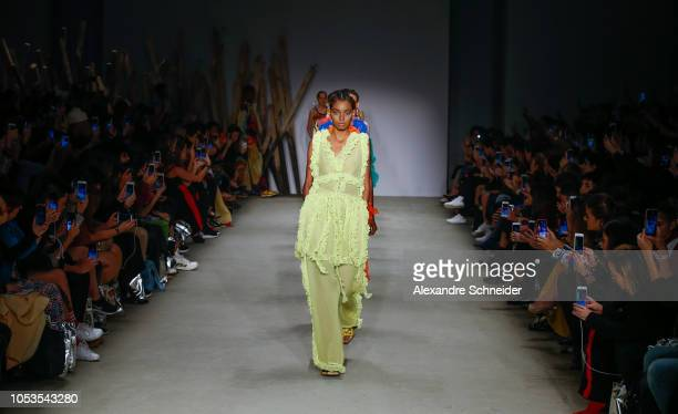 A model walks the runway during the Apartamento 03 fashion show during Sao Paulo Fashion Week N46 Winter 2019 at Arca on October 25 2018 in Sao Paulo...