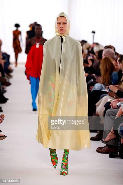 Model walks the runway during the Balenciaga designed by Demma Gvasalia show as part of the Paris Fashion Week Womenswear Spring/Summer 2017 on...