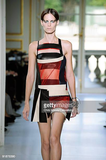 Model walks the runway during the Balenciaga Pret a Porter show as part of the Paris Womenswear Fashion Week Spring/Summer 2010 on October 1, 2009 in...