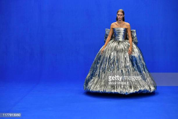 A model walks the runway during the Balenciaga Ready to Wear Spring/Summer 2020 fashion show as part of Paris Fashion Week on September 29 2019 in...
