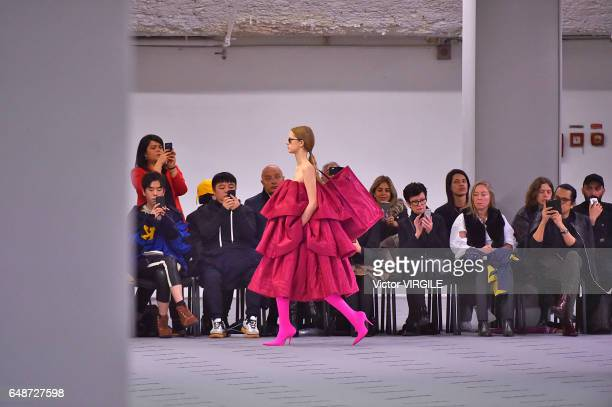 A model walks the runway during the Balenciaga Ready to Wear fashion show as part of the Paris Fashion Week Womenswear Fall/Winter 2017/2018 on March...