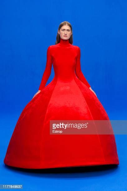 A model walks the runway during the Balenciaga Womenswear Spring/Summer 2020 show as part of Paris Fashion Week on September 29 2019 in Paris France