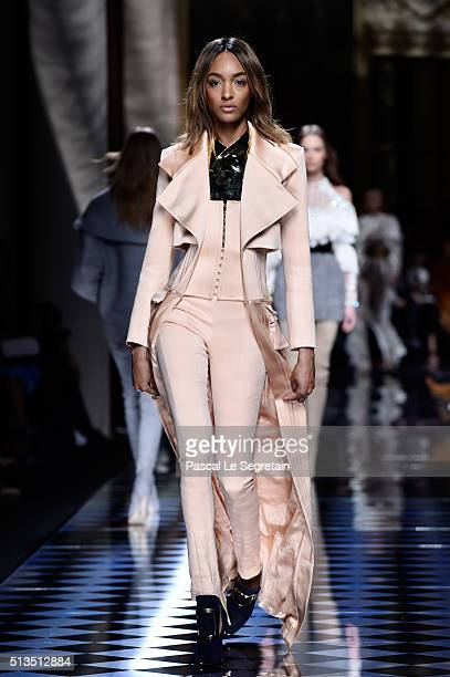 A model walks the runway during the Balmain show as part of the Paris Fashion Week Womenswear Fall/Winter 2016/2017 on March 3 2016 in Paris France