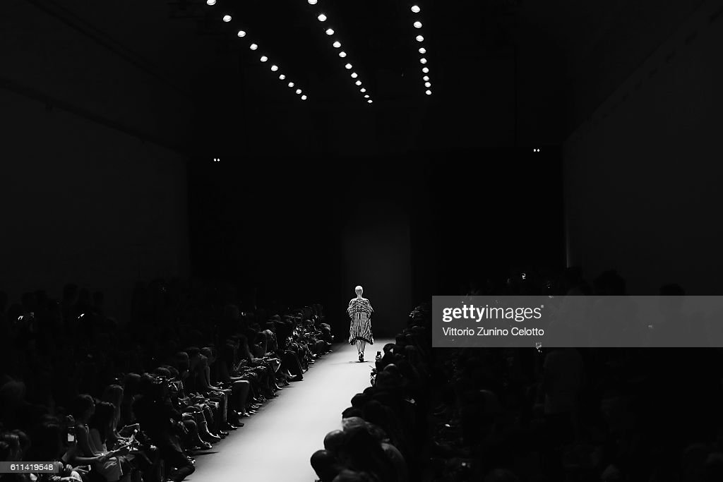 A model walks the runway during the Barbara Bui show as part of the Paris Fashion Week Womenswear Spring/Summer 2017 on September 29, 2016 in Paris, France.