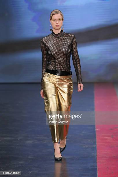 A model walks the runway during the Bernarda fashion show as part of the MercedesBenz Fashion Week Mexico Fall/Winter 2019 Day 3 at Fronton Mexico on...