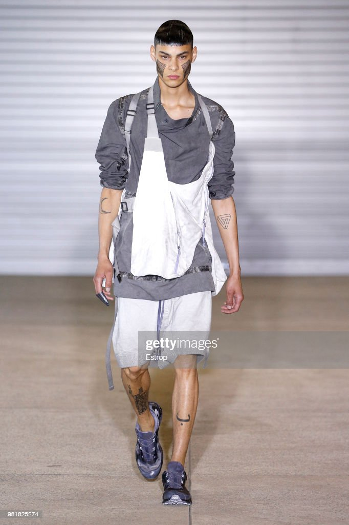 Boris Bidjan Saberi: Runway - Paris Fashion Week - Menswear Spring/Summer 2019 : Fotografía de noticias
