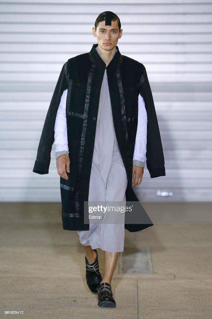Boris Bidjan Saberi: Runway - Paris Fashion Week - Menswear Spring/Summer 2019 : ニュース写真
