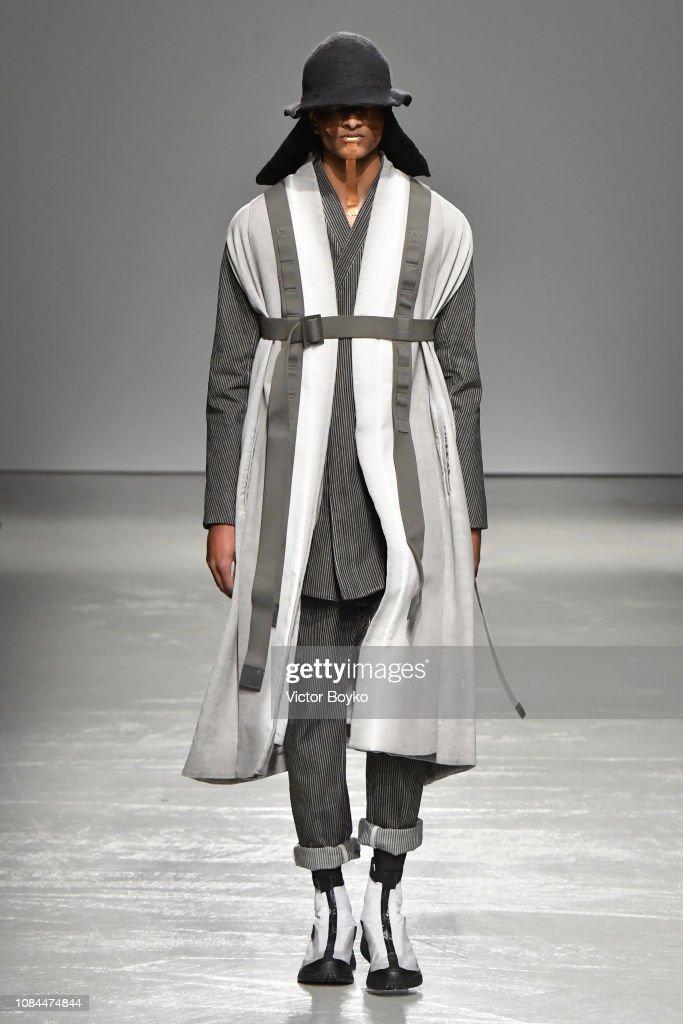 Boris Bidjan Saberi : Runway - Paris Fashion Week - Menswear F/W 2019-2020 : News Photo